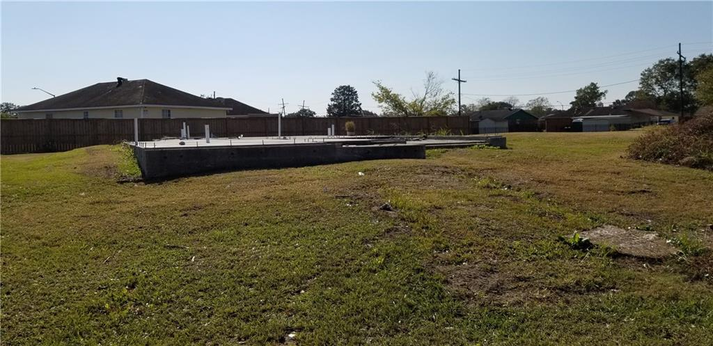 Land for Active at 9337 E CLAIBORNE Parkway Bridge City, Louisiana 70094 United States