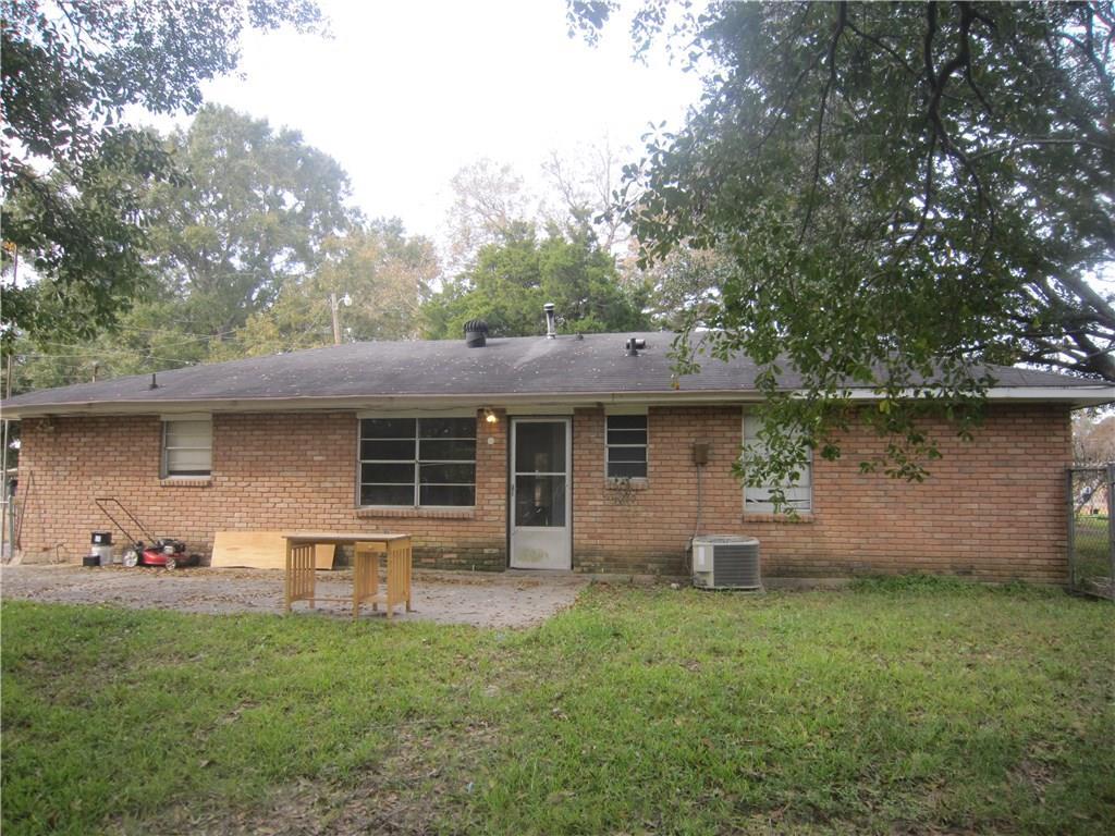 住宅 为 销售 在 1024 SOUTHWEST Drive Baker, 路易斯安那州 70714 美国