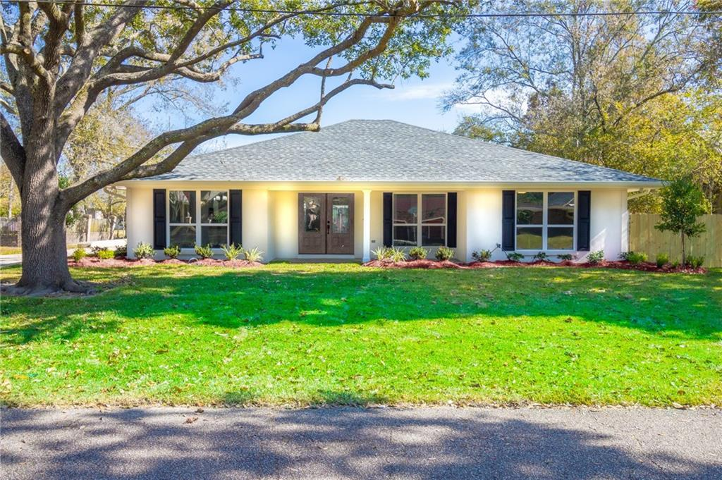 Newly renovated all brick home on quiet street in Reserve.  Open floor plan.  Living room, kitchen and den all flow into each other. Kitchen has quartz counter tops, plenty of cabinet space and stainless steel appliances.  Spacious master suite with huge walk in closet. Large driveway that extends to the backyard.  Plumbing, electrical, a/c and roof are all new.   Seller willing to add garage/carport with acceptable offer. Don't miss out!