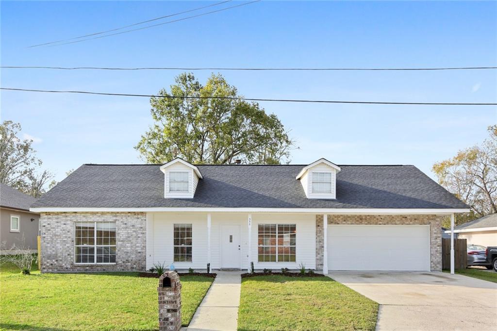 Residencial por un Venta en 338 RIVER RIDGE Drive Boutte, Louisiana 70039 Estados Unidos