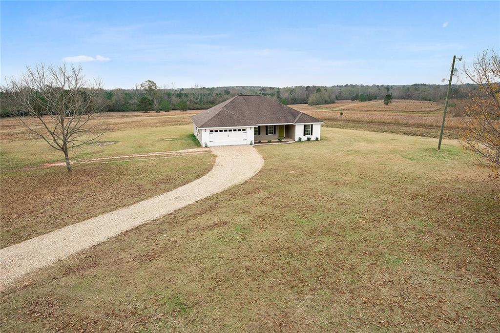 Residential for Active at 29760 ESCO RILEY Road Mount Hermon, Louisiana 70450 United States