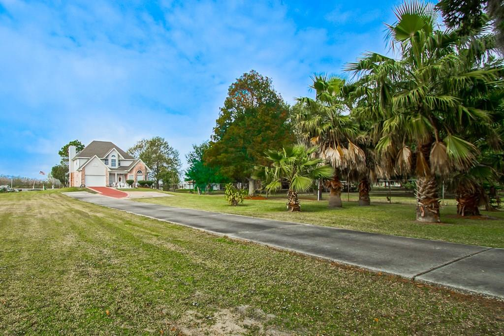 Residential for Active at 5794 JEAN LAFITTE Boulevard Lafitte, Louisiana 70067 United States