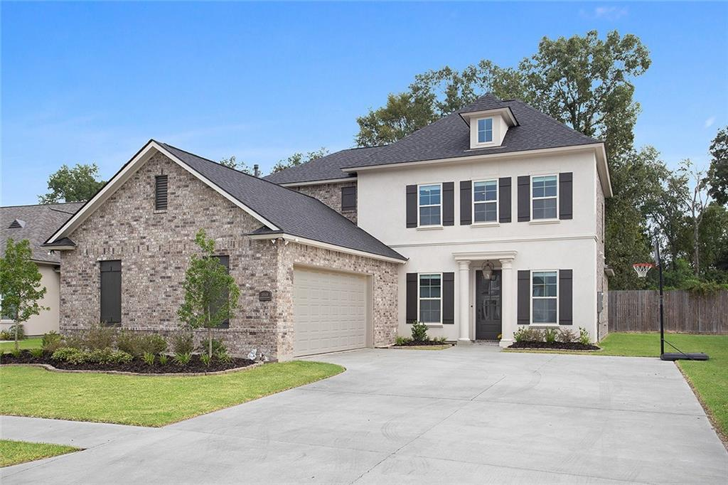 Residential for Active at 15148 GERMANY OAKS Boulevard Prairieville, Louisiana 70769 United States