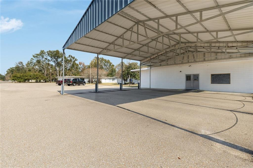 Commercial for Active at 43052 YOKUM Road Hammond, Louisiana 70403 United States