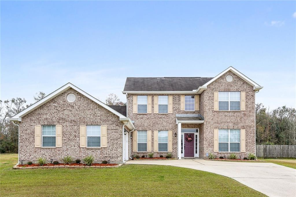 Residential for Active at 9548 LINDEN Loop Westwego, Louisiana 70094 United States