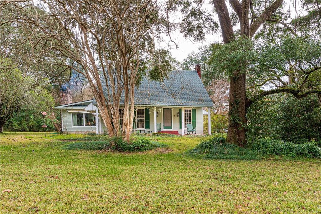 Residential for Active at 10799 OAK Drive Clinton, Louisiana 70722 United States