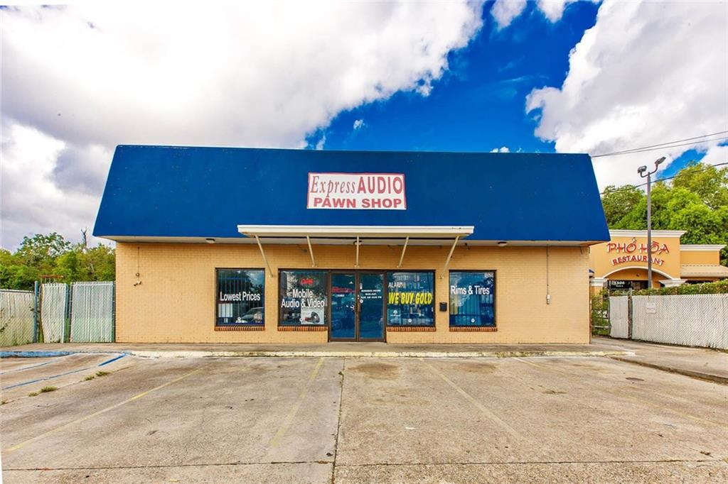 Commercial for Active at 1320 MANHATTAN Boulevard Harvey, Louisiana 70058 United States