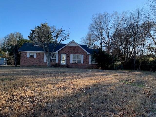 住宅 为 销售 在 605 E MAIN Street Oak Grove, 路易斯安那州 71263 美国