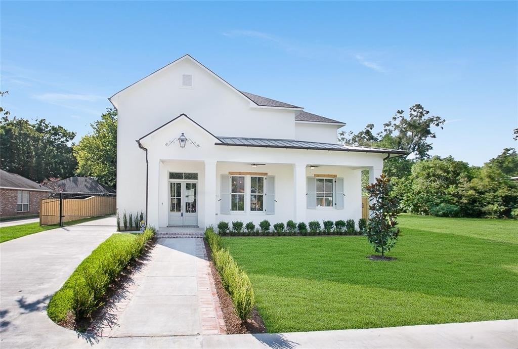 Residencial por un Venta en 2151 GLENDALE Avenue Baton Rouge, Louisiana 70808 Estados Unidos