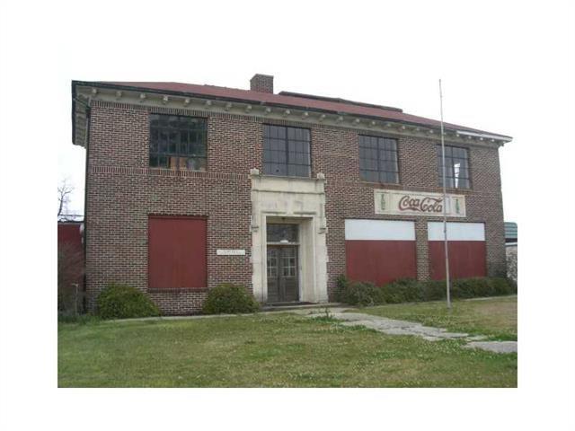 Commercial for Active at 213 SHENANDOAH Street Bogalusa, Louisiana 70427 United States