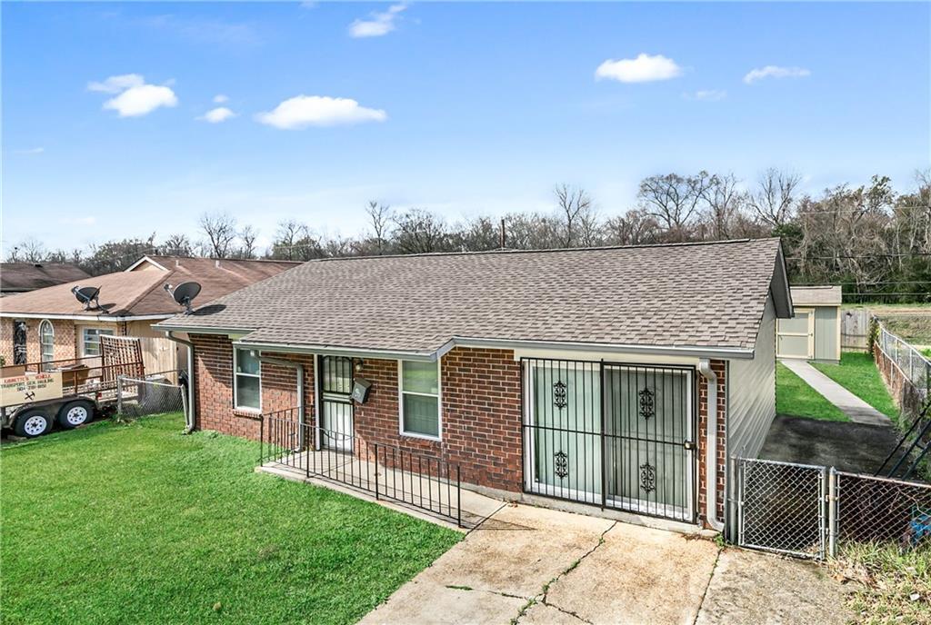 住宅 为 销售 在 265 CAPITOL Drive Avondale, 路易斯安那州 70094 美国