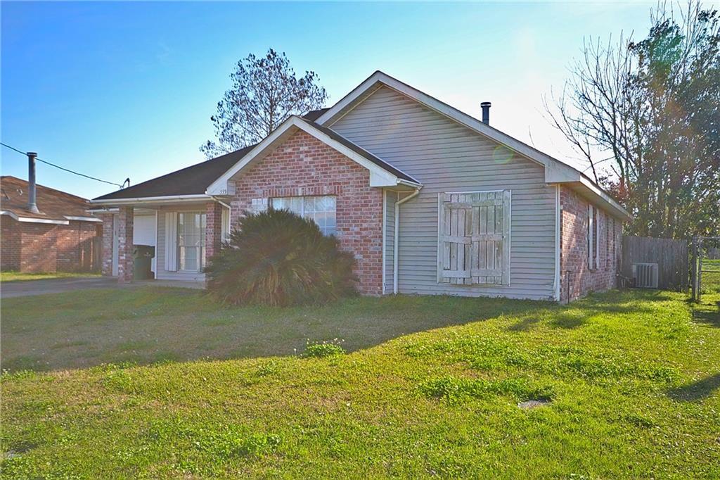Residencial por un Venta en 335 RIVER RIDGE Drive Boutte, Louisiana 70039 Estados Unidos