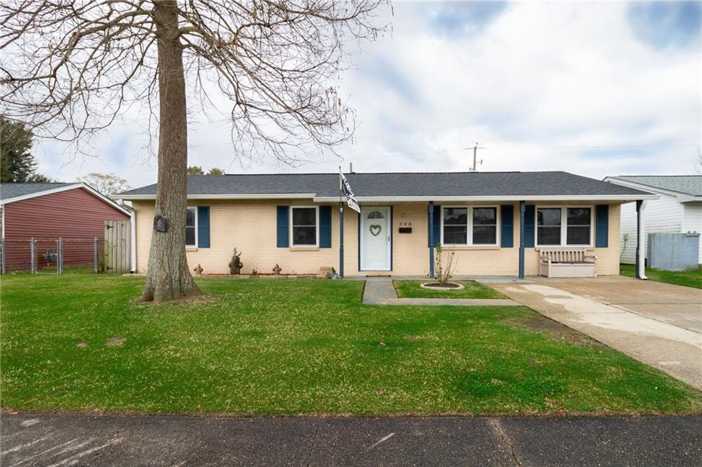 Well maintained 3 bed 2 bath home w/ bonus room that could be used for 4th bedroom.   Spacious living room.  Roof replaced in 2017.  Large backyard with covered back patio.   X-Flood zone.  Schedule a showing today!