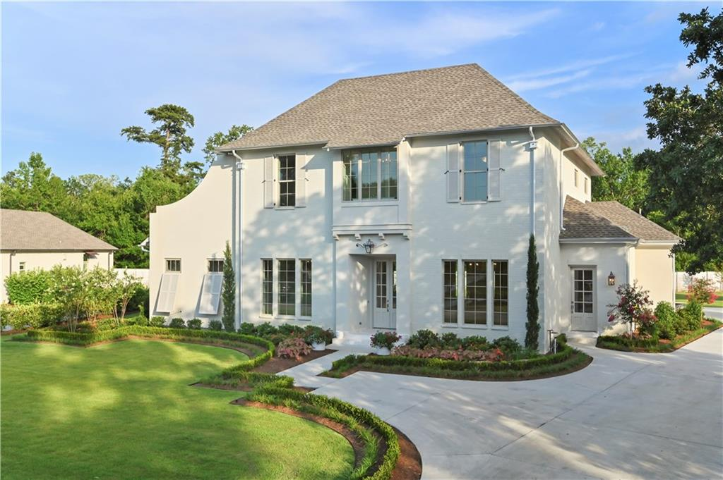 New construction just completed and featured in the 2020 GNO HBA Parade of Homes! Enjoy the private, gated English Turn community and all of the amenities the neighborhood has to offer. Home features an open floor plan concept, walk-thru shower, surround sound, media room, huge rear porch on a large lot on the main blvd. Professionally landscaped and ready for you to call it home. $2,000 bonus to selling agent!