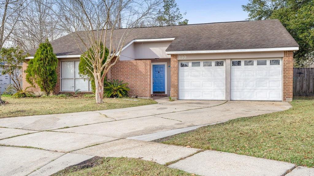 110 DIXIE Circle, Slidell, Louisiana 70458, 3 Bedrooms Bedrooms, 5 Rooms Rooms,2 BathroomsBathrooms,Residential,For Sale,110 DIXIE Circle,2284288
