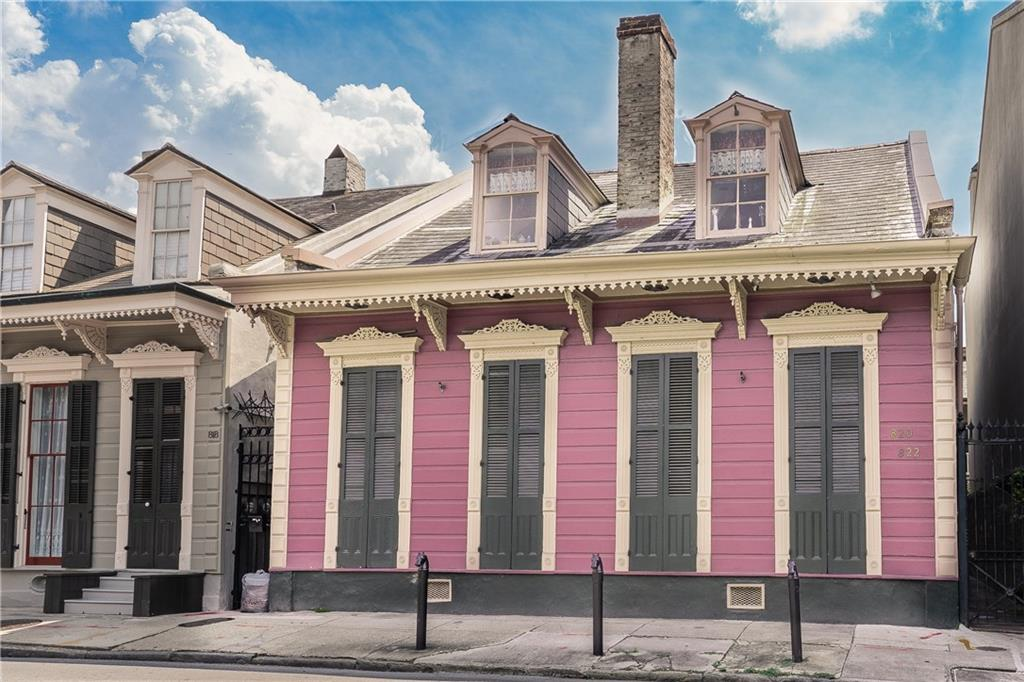 Circa 1830 condo in the heart of the historical French Quarter, steps from Bourbon! All one level. Washer/dryer hookups in unit. Completely updated. Beautiful brick floors. Full kitchen. Comes furnished. Murphy bed in living area adds additional sleeping arrangements if desired. One of the cleanest pools in the Quarter! Unit has two exterior doors- one goes out to pool courtyard and the other goes out to front courtyard.