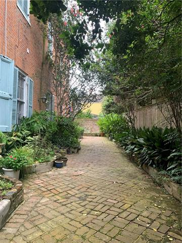 """Marigny Move in 1st floor furnished condo to fall """"in love"""". Owner selling as pkg w/ furniture, linens, etc. short distance to pubs, restaurants etc. Beautiful upgrades stainless appl etrc. A dip in the pool awaits you. Condo fees incl. Ext. bldg ins, pool/courtyard maint/ Ext electricity/ sewage/ termite and waste collection."""