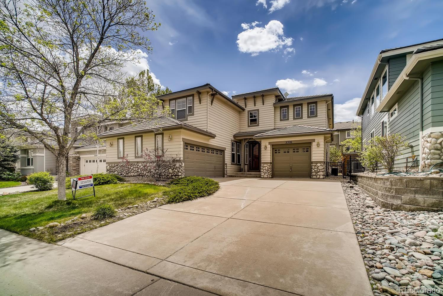 This gorgeous 2 story in the Westridge area of Highlands Ranch features 3 beds, 3 full baths, living room, family room, kitchen, loft, unfinished basement, 2 + 1 car garages and more. The many windows and 2-story vaulted ceiling keep this home bright and cheerful.  The open kitchen is sure to be a main gathering point and features stainless appliances, slab granite counters, gas cooktop, double ovens, island and opens to the family room.  Great for entertaining.  Finish the basement for even more living space.  Neutral tones make it easy to picture yourself calling this one home. Pride of ownership shines throughout.  An energy efficient furnace, central air and gas fireplace keep this home comfortable all year long. Amenities abound is this great neighborhood. Fabulous location with close proximity to the Highline Canal Bike and Walking Trail, Redstone Park and Highlands Ranch Golf Course. An easy commute to Denver, Lone Tree, the DTC and beyond. You will not be disappointed.  Welcome Home!