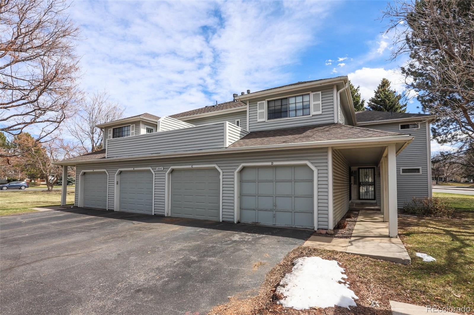 Beautifully remodeled condo in Champagne in Willowridge community! You won't be disappointed! Quality hardwood flooring, granite counters throughout, stainless steel appliances, large closets! This one has it all! Professionally cleaned! This is a home you can self quarantine in!