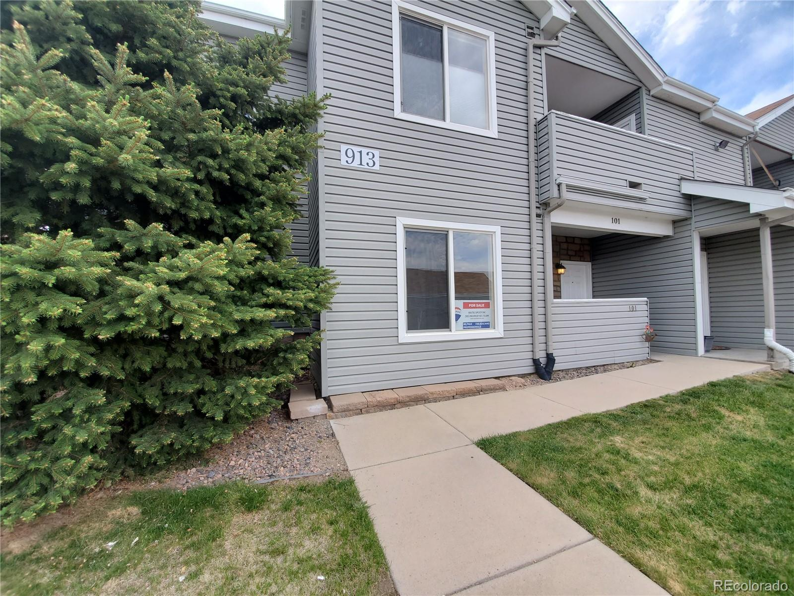 Don't miss this rare opportunity! 2 bedroom, 2 full bath, open floor plan with single level living.  Access via ramp with reserved parking space directly in front of unit.  Updated kitchen with modern touches.