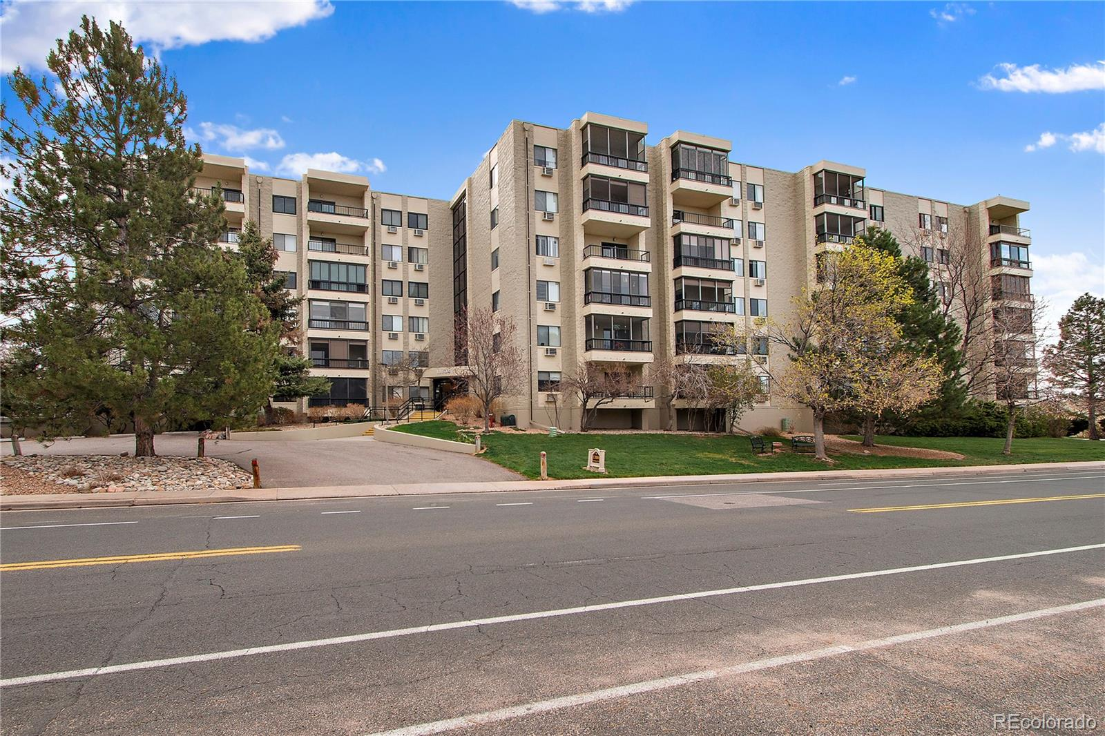 Brand New to the market! Spacious 2 bedroom and 1 bathroom unit on the 3rd floor. Featuring an enclosed patio, good sized master bedroom with large closet, an updated kitchen and great natural light that passes through the entire unit. Comes with a reserved parking spot right next to the Elevator in the underground garage.Heather Gardens is Close to Light Rail and Cherry Creek State park.Community has an awesome Clubhouse with amenities that include: golf course, tennis courts, Indoor and Outdoor pools, fitness center and many other activities, this 55+ active adult community the home is Move in ready!