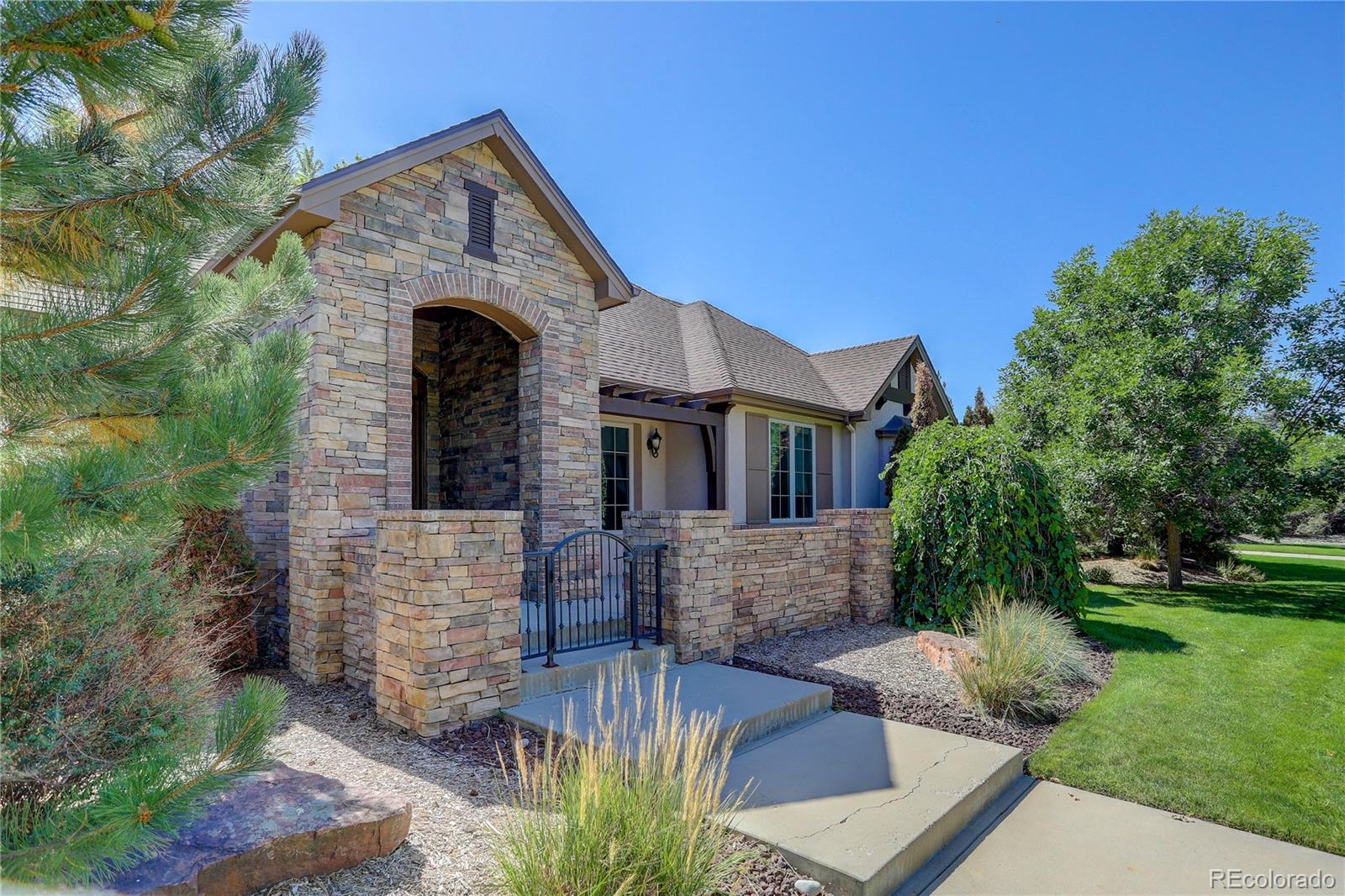 Photo of 1876 S Manor Lane, Lakewood, CO 80232