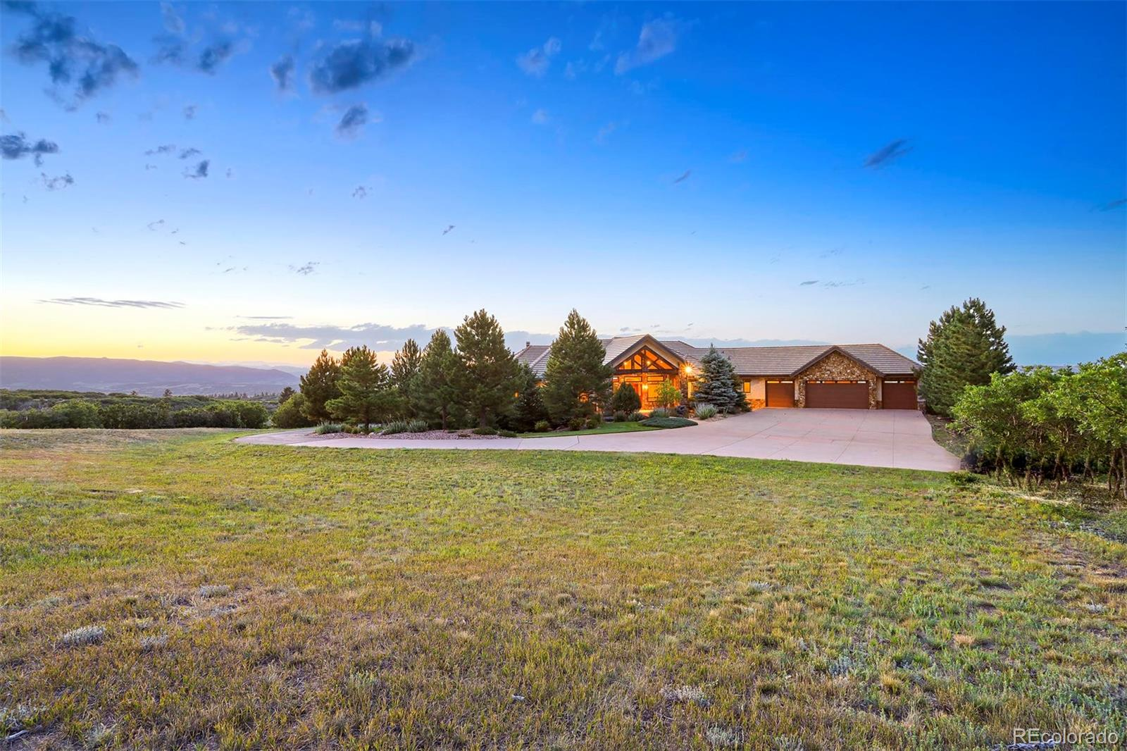 Photo of 2530  Castle Butte Drive, Castle Rock, CO 80109