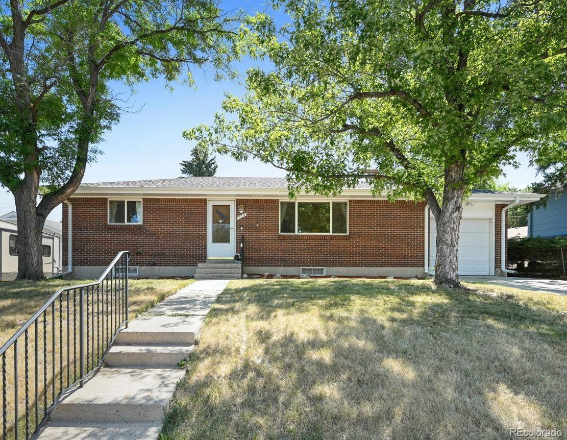 Photo of 732 S Simms Street, Lakewood, CO 80228