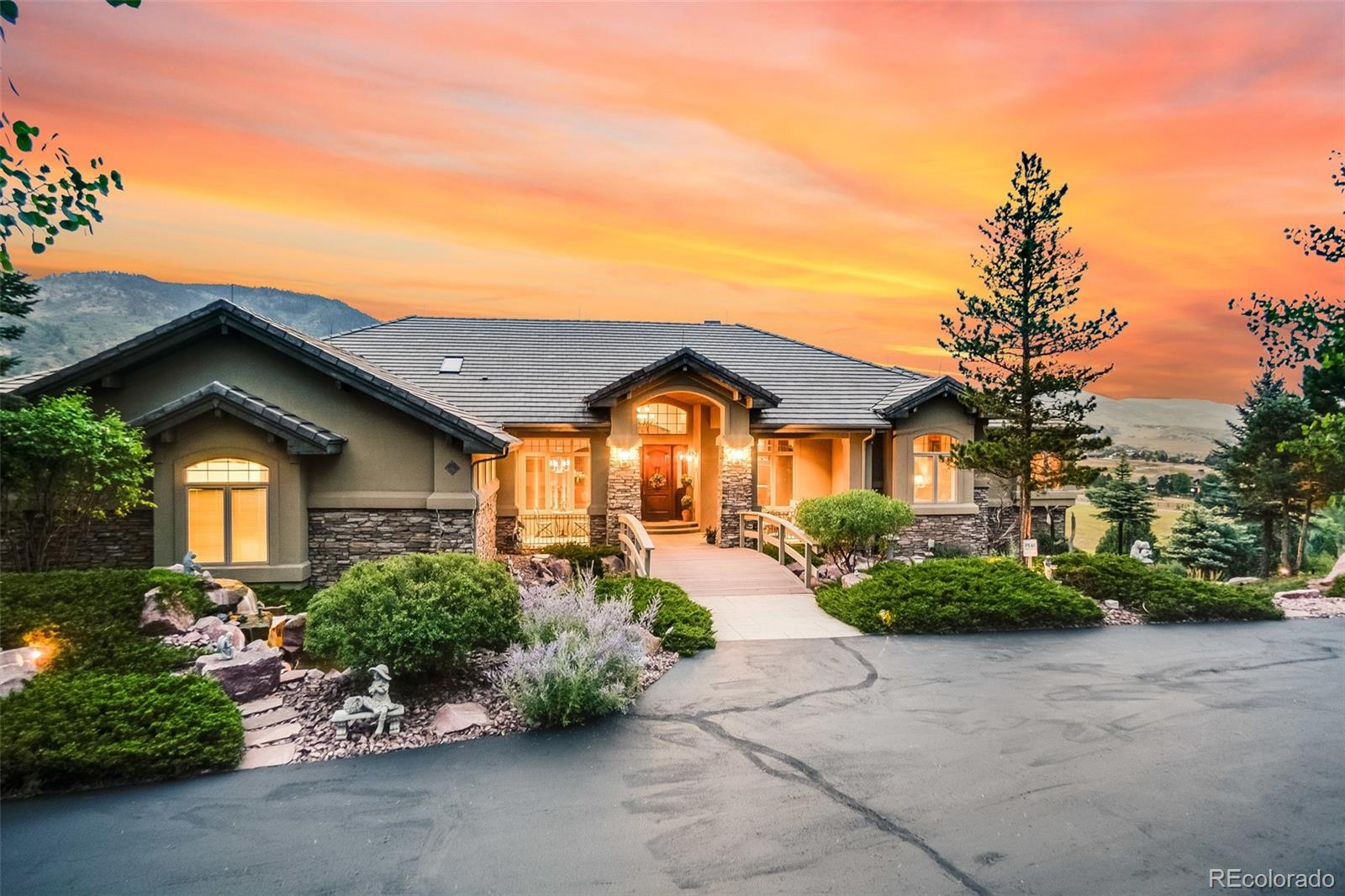Photo of 9959  Whistling Elk Drive, Littleton, CO 80127