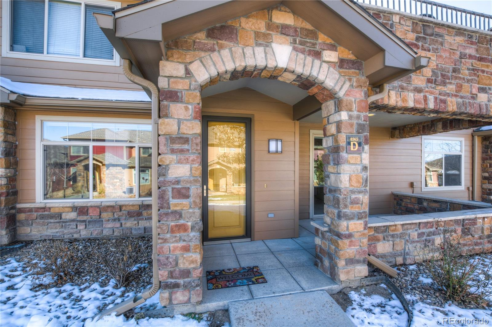 """Price improved! Well-maintained ranch-style condo in Gold Peak at Palomino Park Resort. This community has it all! 29,000 sq. ft. clubhouse, pool w/ hot tubs, restaurant, sports fields, dog park, trails & playground. BBQ pavilion, cabana & hot tub steps away. 9' ceilings, gas fireplace & pre-wiring for digital cable, phone, & high-speed internet. Open-concept layout, gourmet kitchen w/ natural maple cabinets, 36"""" upper cabinets & European hinges, SS appliances, large breakfast nook & plenty of counter space. Laundry room, attached garage w/ a 16""""x5"""" storage area, PLUS a second garage deeded w/ this unit. The master suite has a walk-in closet, large soaking tub & separate shower. Cellular shades & vertical blinds on all windows. Private covered patio. Carpets professionally cleaned; cut Berber w/ 1/2"""", 6 lb. pad, still in great shape. Ceramic tile in entry, kitchen & bathrooms. Next to The Links Golf Course; parks, hiking trails, rec centers, shops, restaurants, highways & transit nearby...hard to beat this location!"""