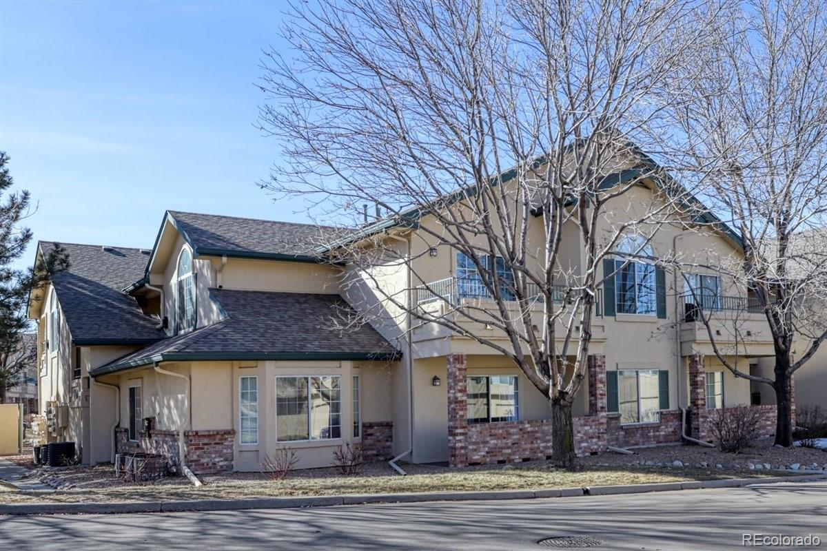 Photo of 8691 E Dry Creek Road  813, Centennial, CO 80112