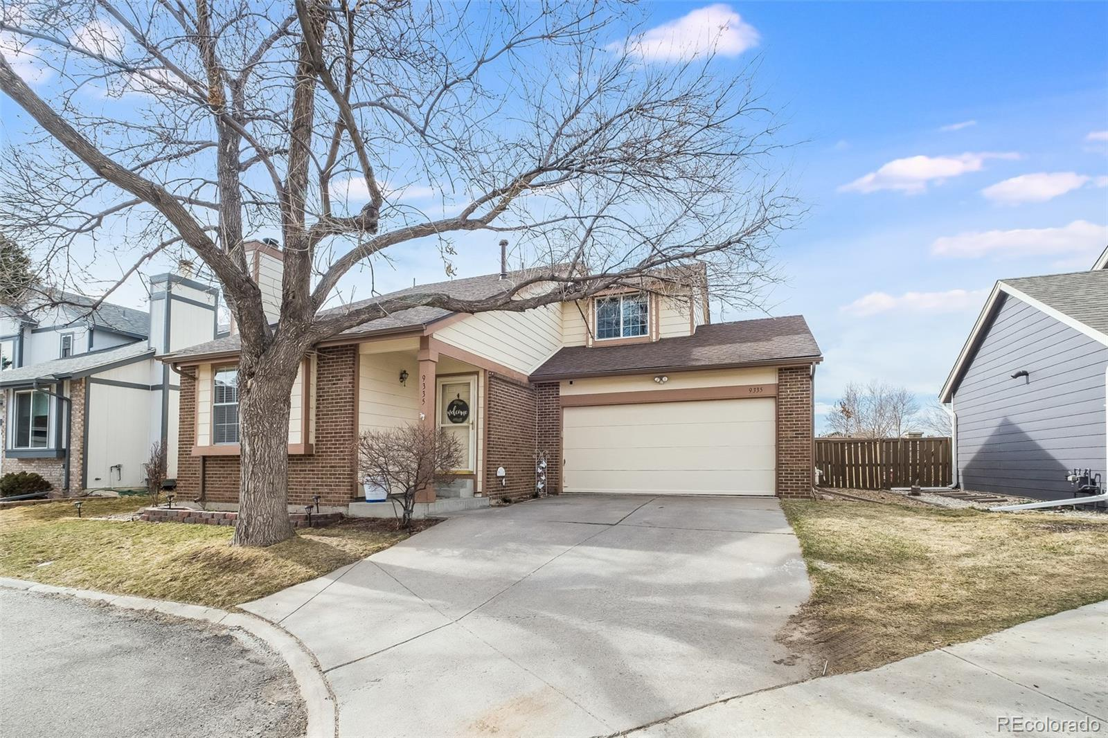 Rare Highlands Ranch GEM found at the end of the cul-de-sac under $500K! Step into this tastefully updated home complete with newer flooring and a wood burning fireplace. BRAND NEW GRANITE and BACKSPLASH make the open kitchen a great spot for entertaining. Couple that with the large back patio and fully fenced yard and you're well on your way to hosting those summer BBQ's. Upstairs has two finished bedrooms with the third loft space ready for your personal touch or conversion into a third conforming bedroom (already with closet)! This is one of the larger floorplans in the neighborhood. Come make the unfinished basement your own with plenty of room for a 4th bedroom, rec room or home office. Close to parks, trails and all the offerings of the Highlands Ranch HOA. Easy access to C470 and shopping. Come see this home before it's gone!