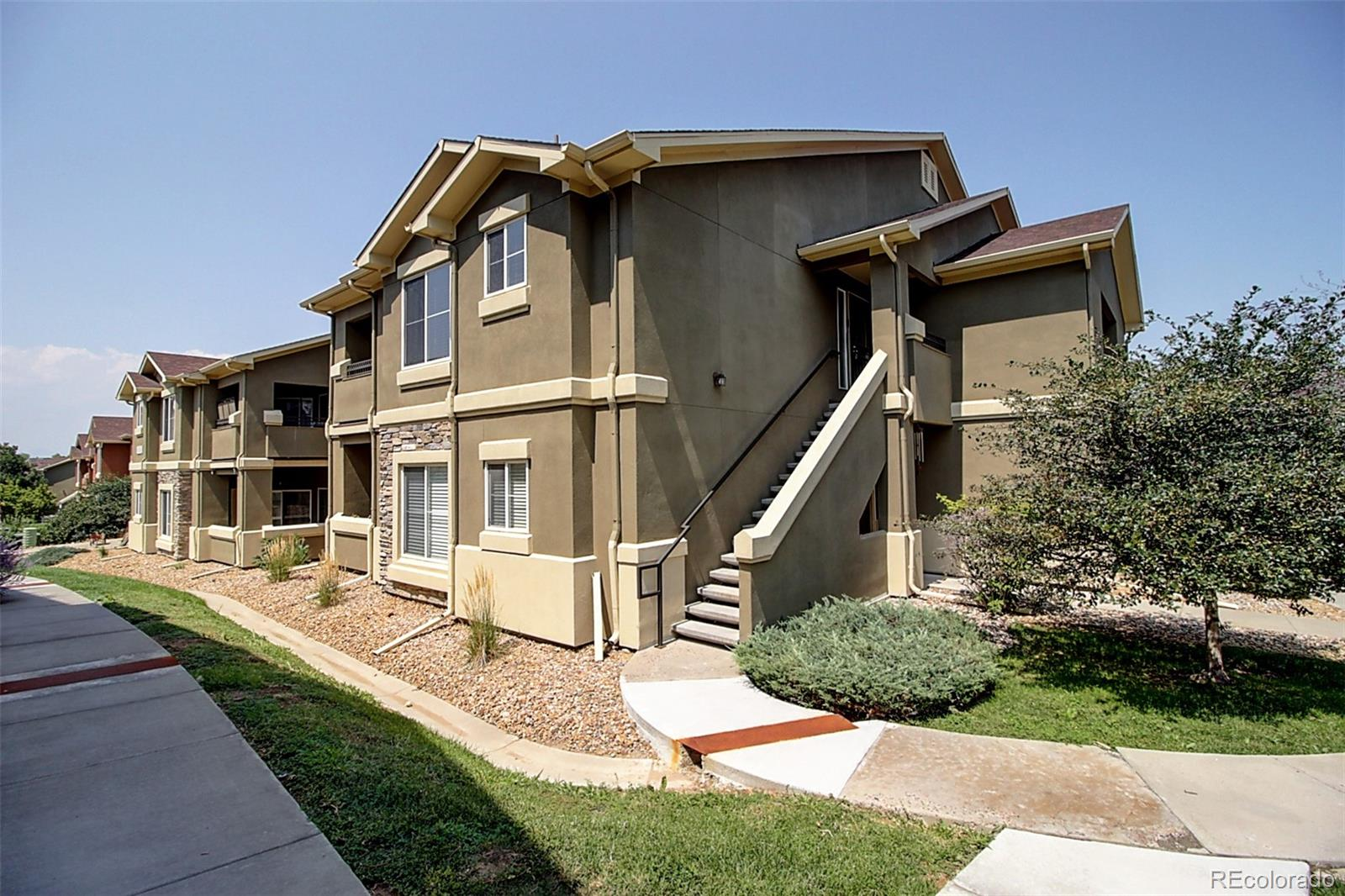 3 Bedroom, 2 Bathroom condo in Shadow Canyon! The 2nd-floor unit has a detached garage and a covered patio with extra storage! Open floor plan between the Living Room with gas fireplace, Dining Room, and Kitchen. The kitchen features granite slab countertops, black/stainless-steel appliance mix, and barstool seating x4. Primary Bedroom features a private bathroom and walk-in closet. Washer/Dryer in the unit. Shadow Canyon is a gated community, near Highlands Ranch and C-470. Easy commute to downtown Denver, the DTC, and Park Meadow's Mall. 5 minutes to numerous parks and golf courses. Amenities include a community pool, Clubhouse, and Exercise Room. Close to Public Transit!