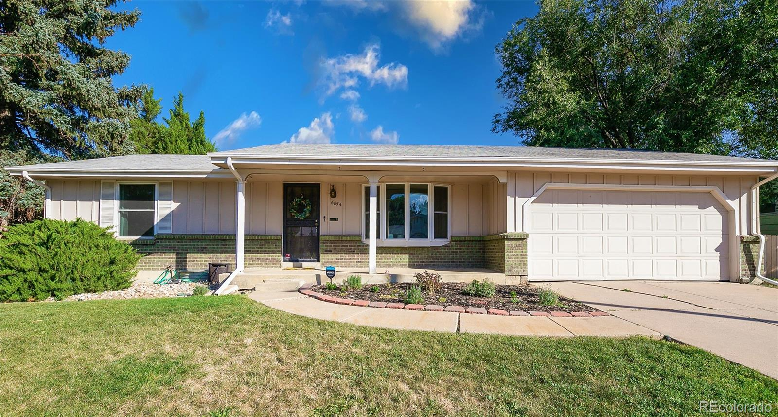 6854 W 76th Place, Arvada, CO 80003
