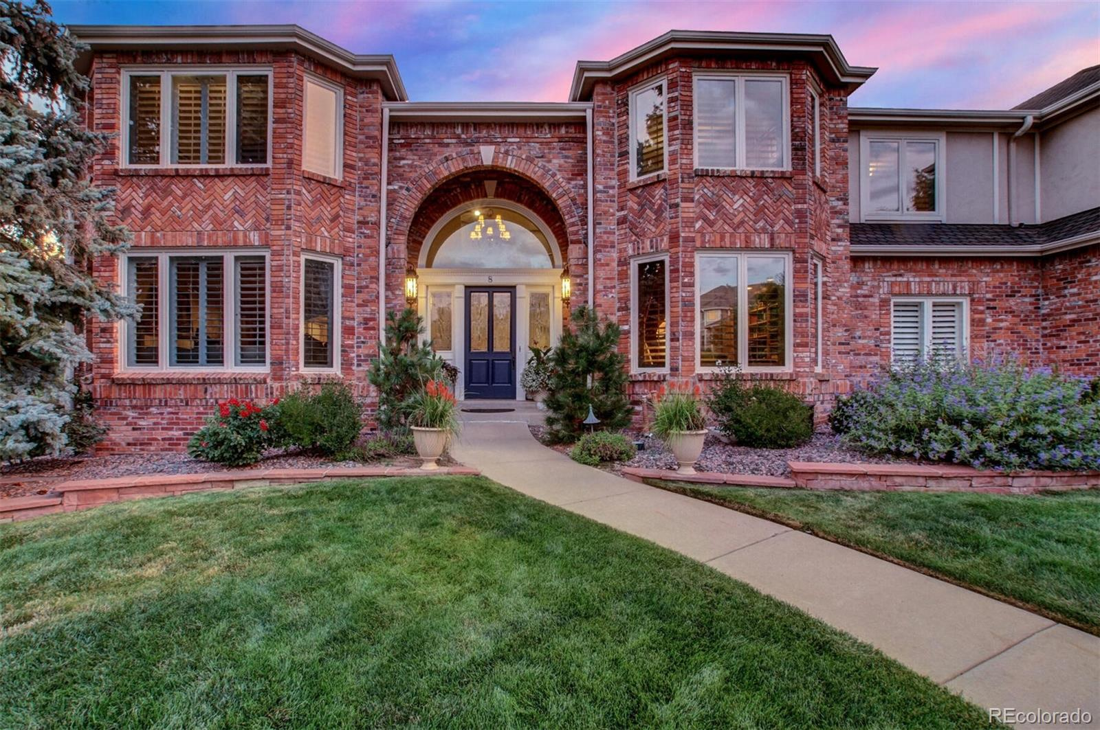8 Red Tail Drive, Highlands Ranch, CO 80126