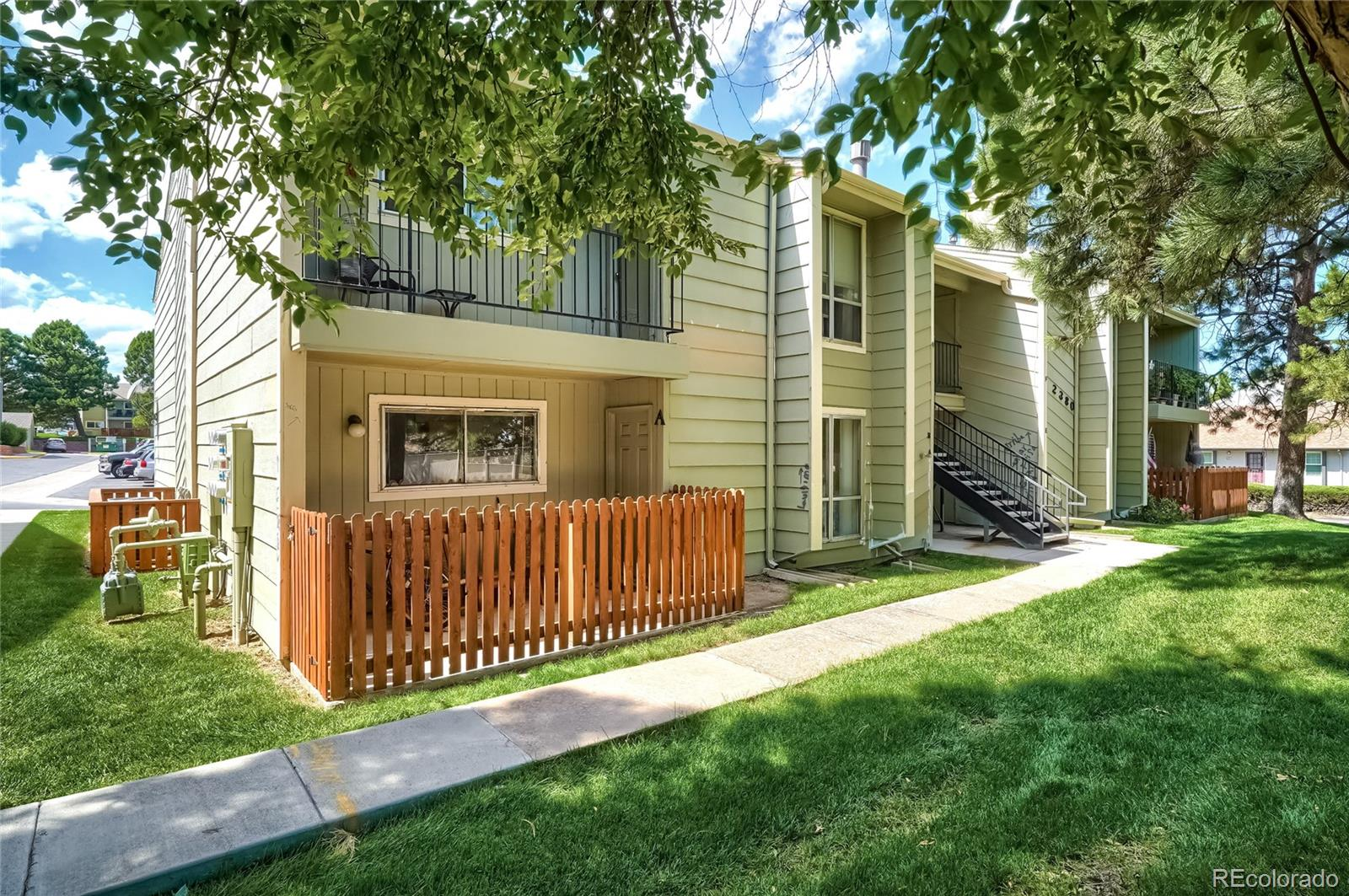 Attention Investors Great Opportunity to own an End Unit Condo in Desirable Southglenn Commons. Property is tenant occupied until ** May 1st, 2022.** This Ground level home offers 1 Bedroom, 1 Bath and is Ideally Situated in a Very Convenient Location! Within Walking distance to Grocery Stores, Dining, Cafes, Parks, Miles of Trails, Retail and Public Transit. Great Main Level Condo offers Large Windows that flood the Home with Natural Light in every room. The Spacious Living Room is inviting and is open to the Dining Room. This Dining area is also perfect as a Flex Space and would be a great as an Office. Multiple Cooks in the Kitchen? No problem, this Large Kitchen has plenty of Space! Enough room for a Breakfast Nook, there's also a Breakfast Bar, a Pantry for extra Storage, and Appliances are included. The Generous Sized Bedroom has a Walk-in Closet and a Full en Suite Bath. Laundry is in-unit in a designated hallway space. The Sunny Private Fenced Patio is large enough for Outdoor Seating, Table and Grill. Central A/C, Ceiling Fan, No Stairs. This Established community allows for Ample Parking Spaces at all times of day for Residents and Guests. Take advantage of the Community Pool and the Clubhouse. Walk to the Streets at Southglenn, High School and Tennis Courts. Short Walk to Parks and Miles of Trails. Just a few minutes to Entertainment and Golf. Quick, Easy Access to 470. See 3-D Virtual Tour. Tenant occupied and subject to a lease until April 2022.