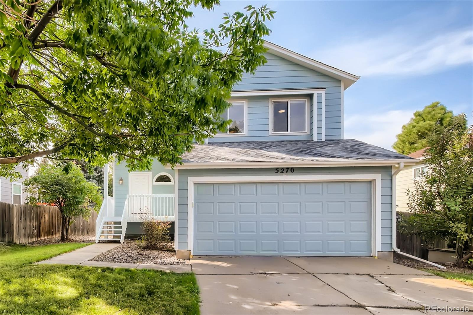 This charming home in the beautiful Founders Village will not disappoint.  Wood flooring on the main floor and second level.  Plenty of natural light with high, vaulted ceiling and spacious kitchen.  Large crawlspace can be used for storage.  Close to schools, park, and pool.
