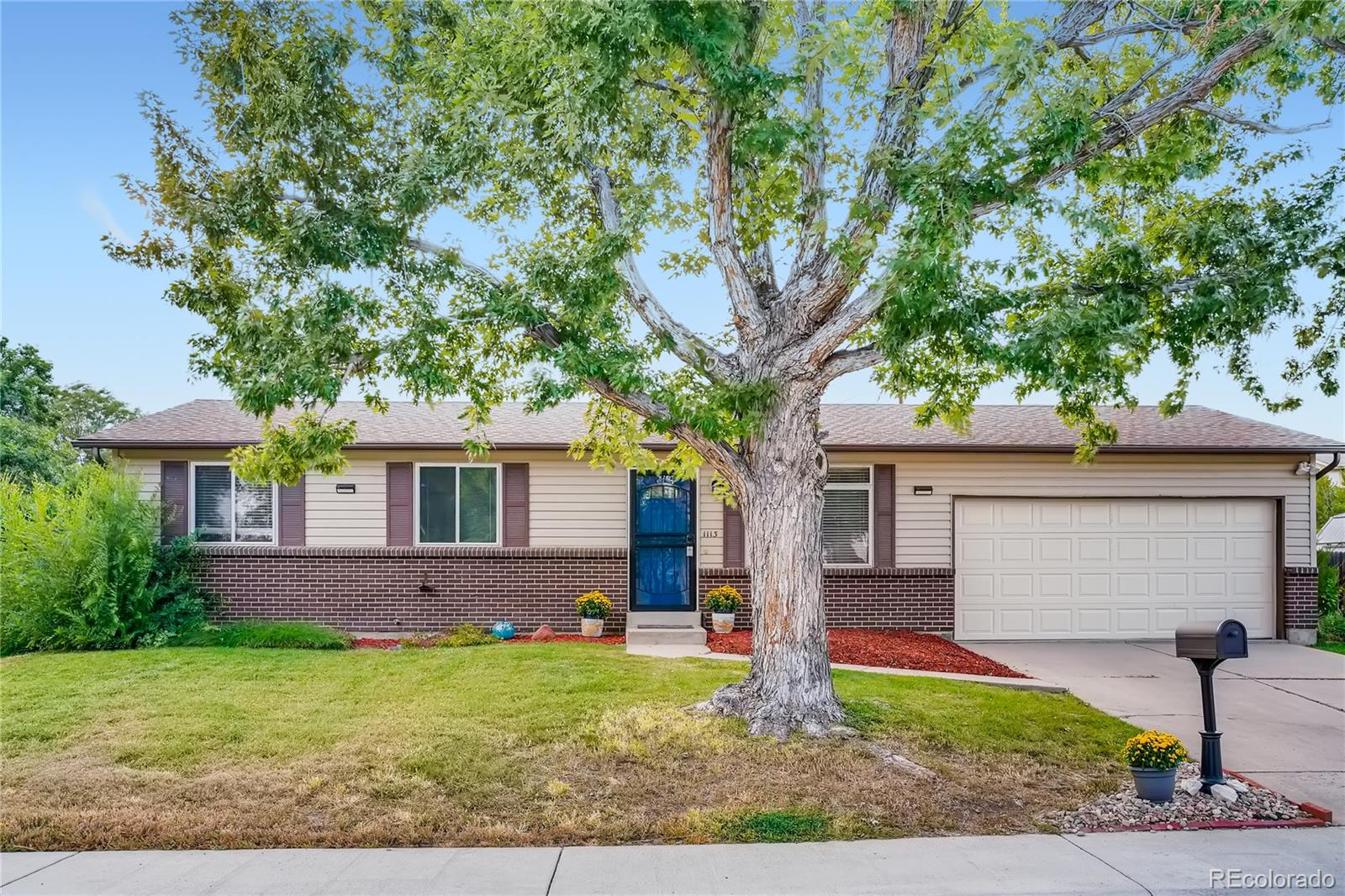 Beautifully maintained ranch-style home situated on an oversized, almost .5 acre lot in rarely available Lochwood. Plenty of room for gardening or outdoor activities like volleyball or even a home basketball court and directly across the street from the path to the Main reservoir walking trail. This impeccable west-central location offers convenient access to major highways and thoroughfares. Only 15 minutes to downtown on 6th. Avenue, but easy access to the mountains. This remodeled gem is complete with laminate wood flooring, an abundance of natural light, and thoughtful updates throughout. The eat-in kitchen showcases new stainless steel appliances, modern grey cabinetry, and a serving window that overlooks the formal living space. Spotless and newly painted with new carpet in the bedrooms, this home is in pristine condition with luxurious, updated finishes throughout. Continue down the hallway to find a fully upgraded bathroom and three generously sized bedrooms. Discover more square footage in the finished basement which houses a large recreation area with built-in shelving, a 3/4 bathroom, two non-conforming bedrooms, and a bonus room that provides a plethora of storage space. Come across an entertainer's paradise in the spacious, beautifully landscaped backyard! Host a barbeque under the covered patio or go for a swim in the above-ground pool with a recently replaced liner. The sprawling lawn, shaded by mature trees, offers ample space for croquet or fetch with Fido. This residence is nestled next to Green Mountain in a quiet community with minimal traffic. The adjacent main reservoir and its' 1.2-mile trail make for a wonderful gentle stroll and captivating views of downtown (awesome for viewing annual fireworks displays). Starbucks is located conveniently off the trailhead and a popular location for activities like picnics and fishing! This home was extensively upgraded in 2021, including new paint, new carpet, new appliances, and bathroom remodel.