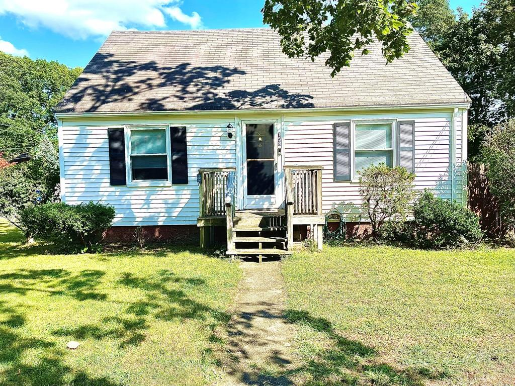 158 Canfield Avenue, Warwick, RI 02889