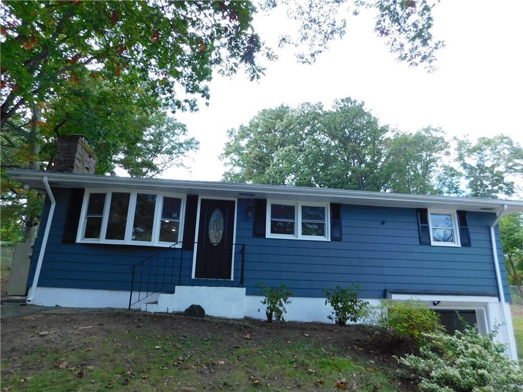 3 Brian Avenue, North Smithfield, RI 02896