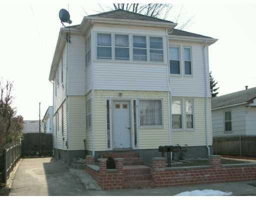 131 Columbine Avenue, Pawtucket, RI 02861
