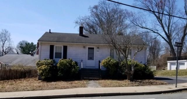 2 BEDROOM, 1 BATHROOM RANCH - CURRENTLY USED AS OFFICE SPACE.  CLOSE TO EVERYTHING!  WONT LAST AT THIS PRICE!
