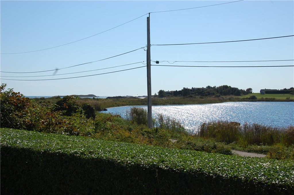 44 Round Pond Road