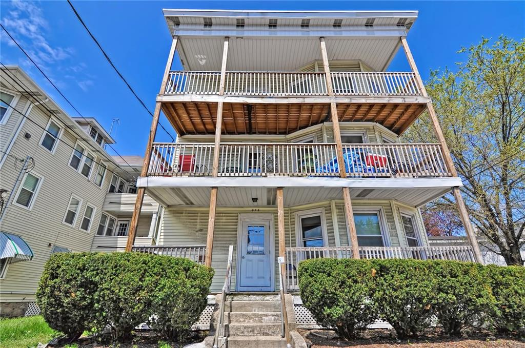 Fantastic 4 Unit With Solid Rents and Off Street Parking! First Floor is Comprised of Two One Bedroom Units. Second and Third Floor are Three Bedroom Units. All Units Have Separate Utilities. This Property is Fully Occupied and Turn-Key! All Tenants on Month-to-Month Leases, Great Owner-Occupied or Investment Opportunity! Must be sold with MLS 1222612