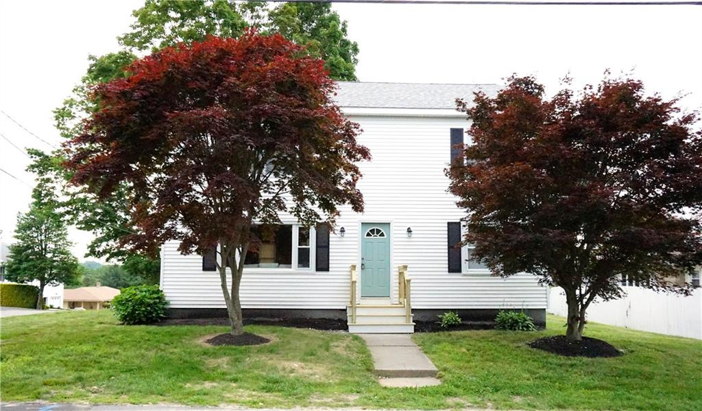 GORGEOUS 4 BEDROOM 3 BATH HOME, SECOND LEVEL COMPLETE NEW ADDITION IN BEAUTIFUL NEIGHBORHOOD OFFERING S/S KITCHEN, GRANITE COUNTERTOPS, HUGE MASTER BEDROOM, SUN ROOM, NEW HEATING SYSTEM & GENEROUS SIZED YARD. SCHEDULE YOUR SHOWING TODAY