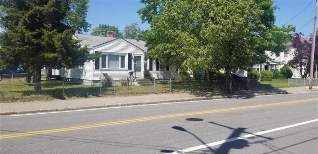 3 Bedroom Ranch in a Great location. House offers a connected one garage and a private yard. Hardwood floors through out the home. Lower level was finished and has great potential for great extra living spacious. Priced to sell.