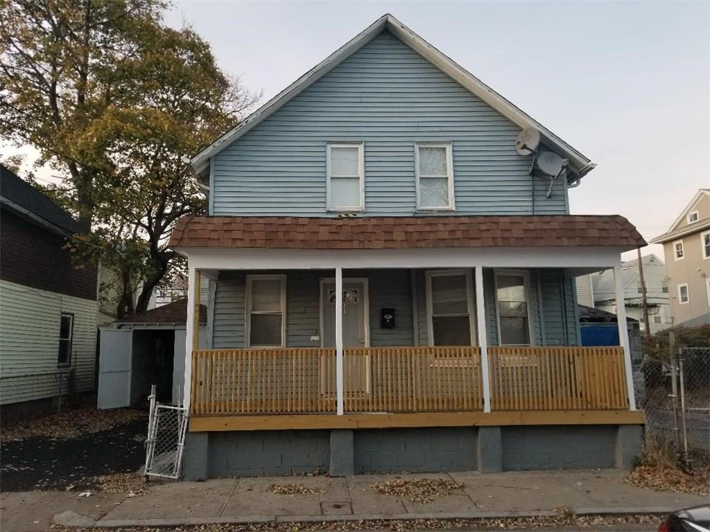 Updated single family home with great living space and 3 bedrooms plus an office space. House offers new kitchen and also a new roof. Great owner occupant home.