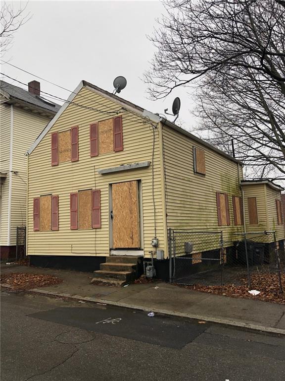 26 Camden Avenue, Providence, RI 02908