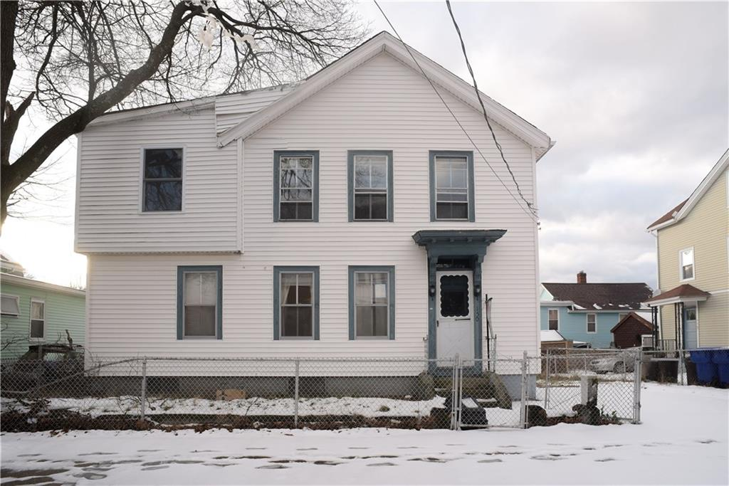Awesome Single family with a lot of potential, over 1,800 Sq. Ft. Great for Investors, cash only! Great opportunity to revitalize this property.4 Beds 2 Full Baths 2 Levels, with a detached garage. Easy access, close to I-95 Highway!