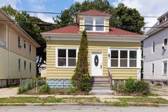 15 Thackery Street, Providence, RI 02907